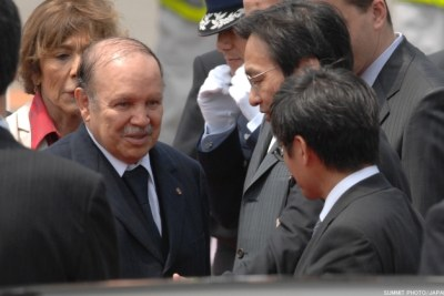President Abdelaziz Bouteflika arriving at a G8 summit (file photo).