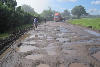 Zimbabwe's roads are like death traps.