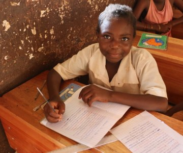 Going Beyond Providing Food in Central African Republic Schools