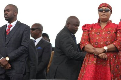 Opposition leaders Nelson Chamisa and Thokozani Khupe (file photo).