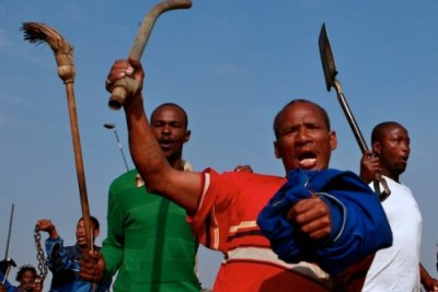Siyathemba township residents target foreign nationals in service delivery protests.