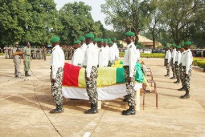 Les corps des cinq élèves officiers d'active de l'Ecole militaire interarmes, morts lors d'un « bahutage »
