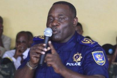 Général Numbi ex-chef de la police suspendu de ses fonctions en juin 2010 après l'assassinat du militant des droits de l'homme Floribert Chebeya