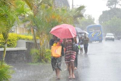 Maurice sous la forte menance de la tempête tropicale, Dumile