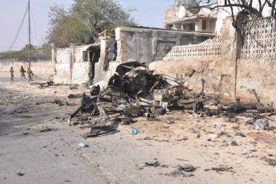 Wreckage of one of the suicide car bombs used to attack the presidential palace in Mogadishu, Somalia's capital on Friday Feb. 21, 2014. Nine militants were killed in the attack (file photo).