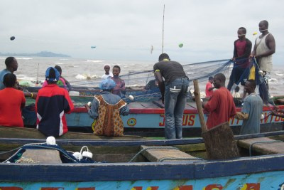 Fishermen at Banjor beach outside Monrovia.