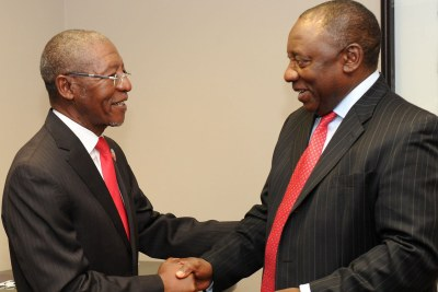 Friendlier times: Lesotho's Prime Minister, Pakalitha Mosisili, left, with South African Deputy President Cyril Ramaphosa, the regional facilitator of talks with Lesotho, in September 2014.