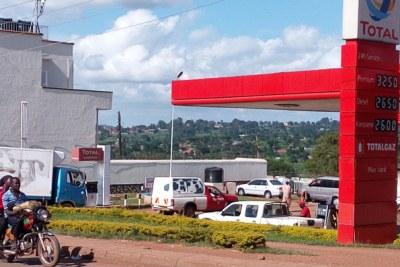 (Photo d'archives) - Une station service de Total en Afrique