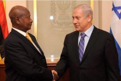 President Museveni (left) meets Israeli Prime Minister Benjamin Netanyahu (file photo)