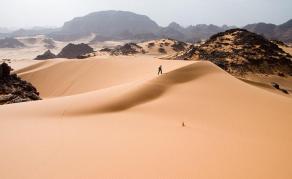 12 milliards de dollars de la BAD pour transformer le désert en énergie