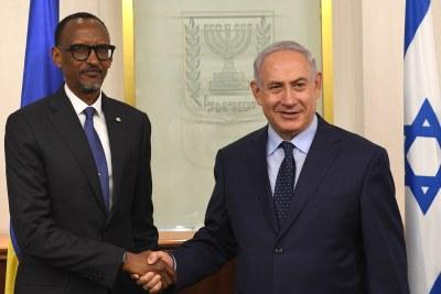 Le président du Rwanda Paul Kagame avec le Primier ministre Israelien Benjamin Netanyahu