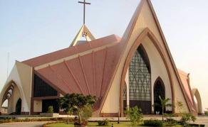 Les églises, nouvelles cibles des djihadistes au Burkina Faso