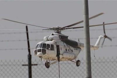 Un hélicoptère militaire