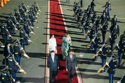 Chinese President Xi Jinping arrives in Rwanda.
