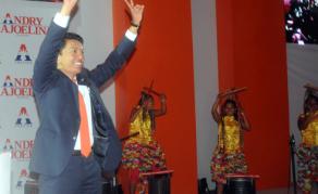 Déclaration de candidature de Rajoelina à la présidentielle malgache
