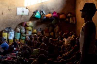 Madagascar's prisons hold more people who have not been convicted than those found guilty, says Amnesty.