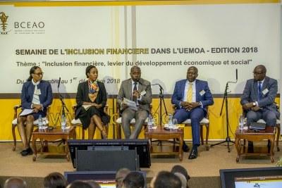 Forum de Haut Niveau sur le thème : « Innovations technologiques au service de l'inclusion financière », tenu le mardi 27 novembre 2018 dans le cadre de la Semaine de l'inclusion financière dans l'UEMOA