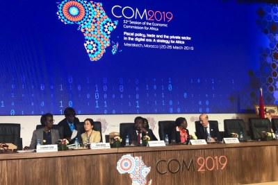 #2019COM : Ouverture de la réunion des experts de la 52eme Session de @ECA_OFFICIAL co-présidée par la SE de la CEA @SongweVera et le SG du Ministère de l'économie et des finances du #Maroc