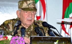 Le général Gaïd Salah appelle les algériens à