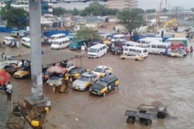 Plusieurs endroits ont été inondés à Accra, à la suite d'une forte pluie, le dimanche 07 avril 2019