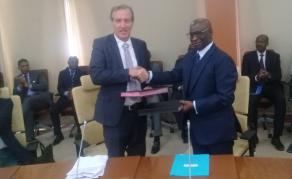 Un accord BCEAO-AFD pour l'inclusion financière dans l'UEMOA