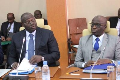 Le gouverneur de la BCEAO, M. Tiémoko Meyliet Koné et le vice-gouverneur, M. Abdoulaye Diop, lors de la réunion du Comité de Politique Monétaire de la Banque, le mercredi 12 juin 2019.