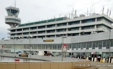 Man Jumps On Plane Wing As It Prepares for Takeoff in Nigeria