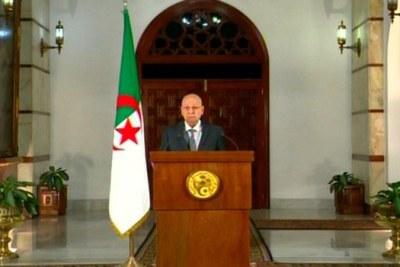Le chef de l'Etat, Abdelkader Bensalah, a convoqué dimanche le corps électoral pour l'élection présidentielle dont la date a été fixée pour le 12 décembre 2019.