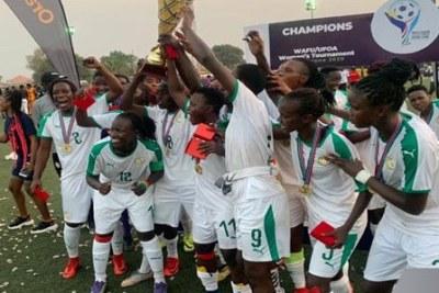 L'équipe nationale féminine de football