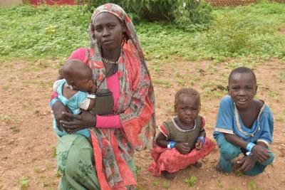 Des Soudanais ayant fui les violences au Darfour pour trouver refuge au Tchad.