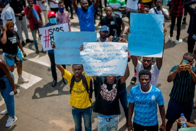 Protesters at an October 13, 2020 #EndSARS protest in Lagos, Nigeria (file photo).