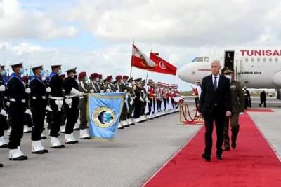 Le président tunisien Kaïs Saied s'est  rendu dans la capitale libyenne Tripoli ce mercredi 17 mars, dans le but de saluer l'avènement du nouveau gouvernement d'unité nationale libyen et de relancer les échanges indispensables aux deux pays.