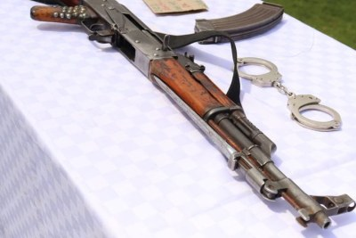 One of the weapons surrendered to the Directorate of Criminal Investigations by Citizen TV, following an exposé on illegal weapons, as pictured during a press conference by DCI boss George Kinoti on April 20.
