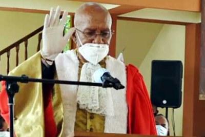 Florent Rakotoarisoa a été le président du conseil consultatif constitutionnel qui a élaboré la Constitution de la IVème République.