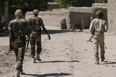 Des militaires nigériens dans le Tillabéry où il y a eu des massacres perpétrés par des jihadistes (Image d'illustration).